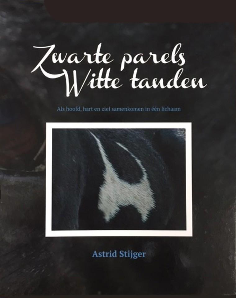 Zwarte parels Witte tanden